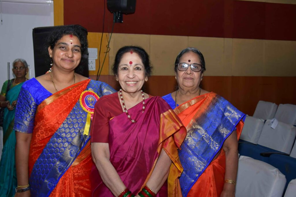 Teachers - Geetha saraswathy, Nivedita Satyajit with Revathi Sankaran TV Personality